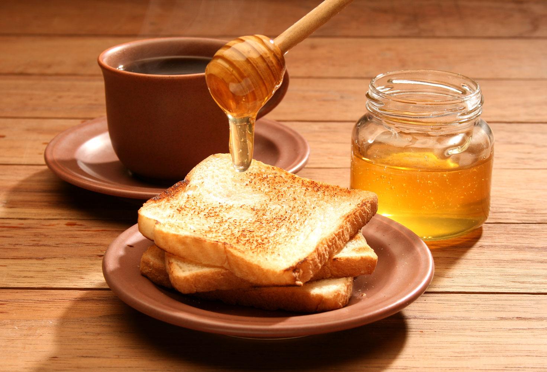 Healthy-Breakfast-Honey