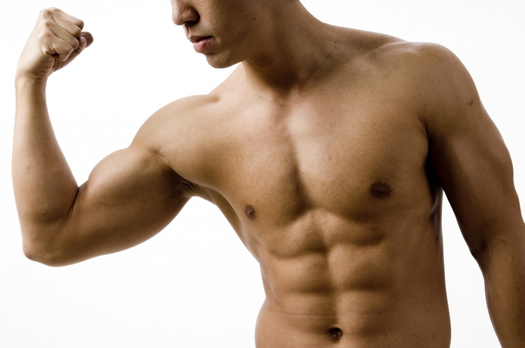 Bodybuilder abs 1024x680 10 κορυφαίες συμβουλές για τέλεια γυμνασμένο ανδρικό κορμί