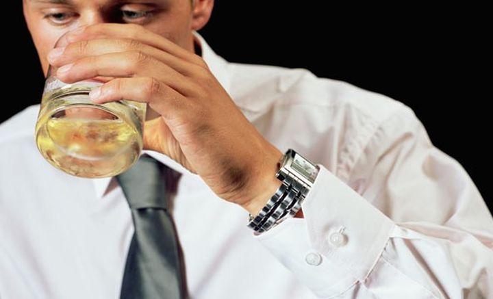 alcohol_man_720
